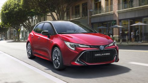 TOYOTA COROLLA 1.8 Hybrid Business